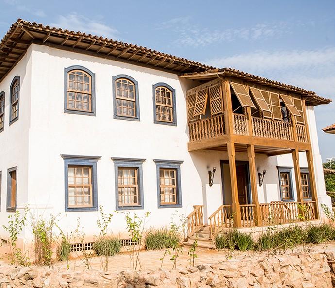 Casarões também fazem parte das construções da época reproduzidas fielmente na cidade cenográfica (Foto: Felipe Monteiro / Gshow)
