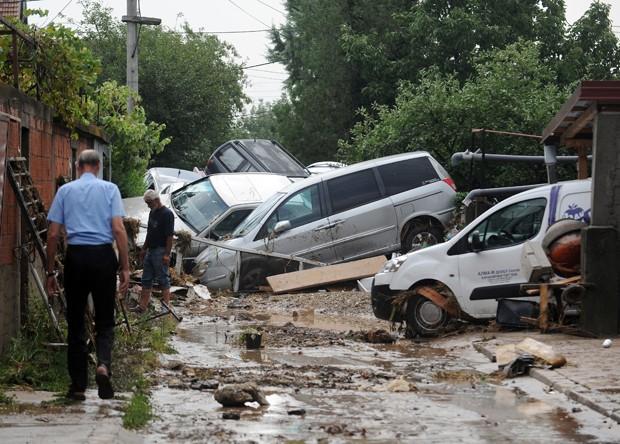 Tempestade mata 20 na Macedônia