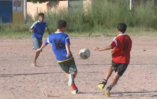 O projeto atende 180 crianças do bairro Cidade Satélite (Foto: Roraima TV)