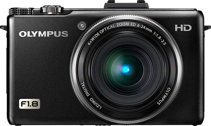Câmera Olympus ZX-1, utilizada em nossos testes (Foto: Reprodução/Wired)