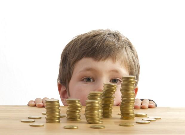 Mesada é uma boa ferramenta de educação financeira, diz especialista (Foto: Thinkstock)