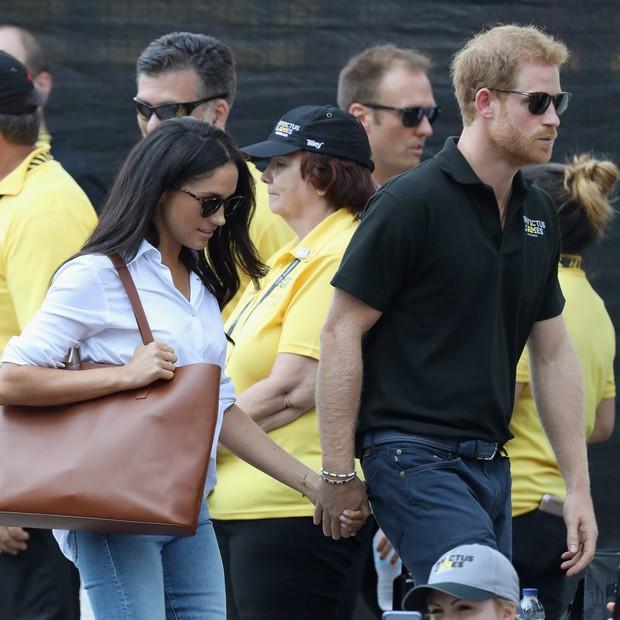 Meghan Markle e príncipe Harry fazem primeira aparição oficial juntos (Foto: Getty Images)