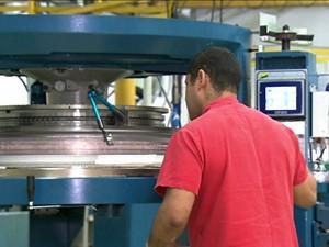 Produção industrial fica estagnada em outubro (Foto: GloboNews)