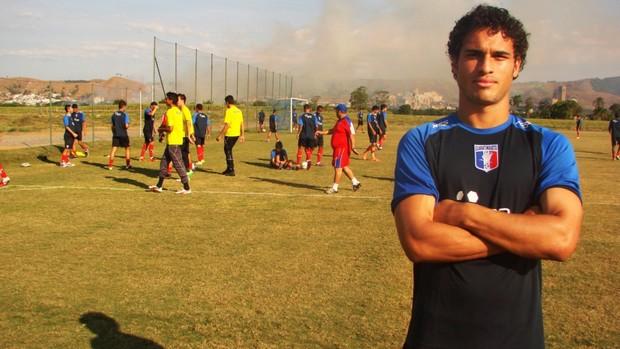 Ronaldãozinho treina pelo Guaratinguetá (Foto: Filipe Rodrigues/ Globoesporte.com)