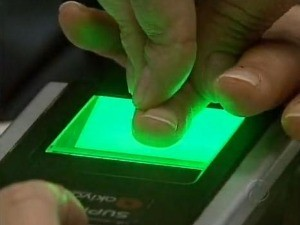 TRE-PR estipula novo prazo recadastramento de eleitores em Curitiba (Foto: Reprodução RPC TV)