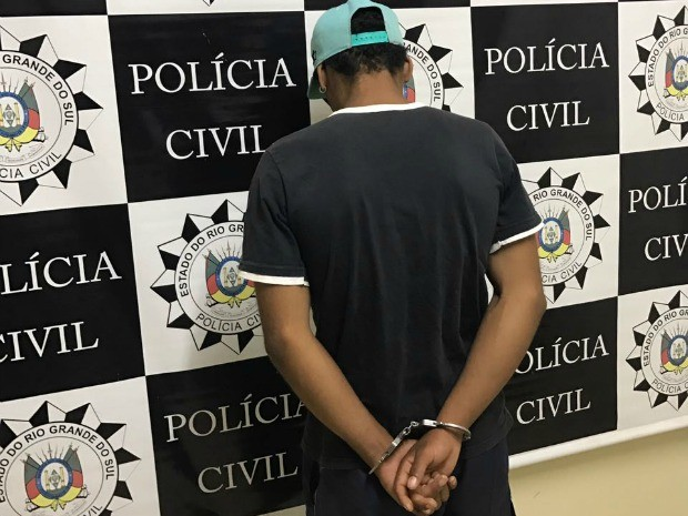 Homem de 18 anos disse que conhecia a vítima e que queria roubar o celular dela (Foto: Polícia Civil/Divulgação)