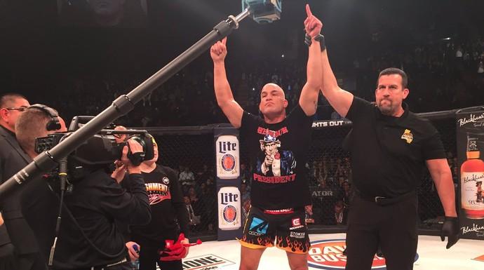 Tito Ortiz Bellator 170 (Foto: Reprodução/Twitter)