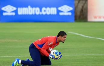Com Anderson no grupo, Guto Ferreira relaciona 21 jogadores para partida