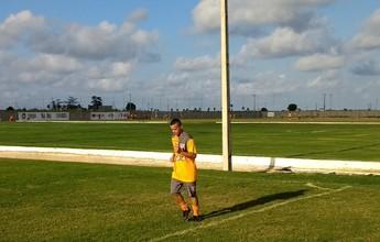 """Dirigente do CRB diz estar negociando Luidy com o Timão: """"Quase tudo certo"""""""