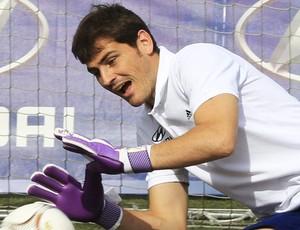Real Madrid Iker Casillas treinando (Foto: EFE )