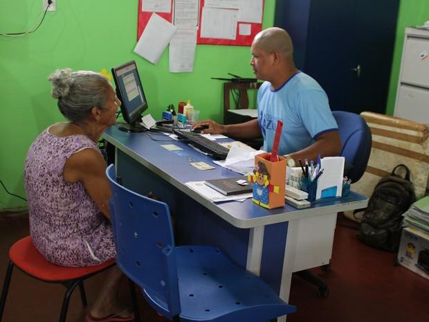 Após fraudes, municípios faz recadastramento com famílias (Foto: Júnior Freitas/ G1)