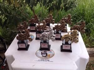 Troféu de trilheiros em quadriciclos em Pará de Minas (Foto: Gabriel Souza/ Arquivo Pessoal)