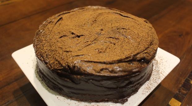 Bolo de chocolate ao cubo feito pelo chef Fernando Zampieri (Foto: Mariane Rossi/G1)