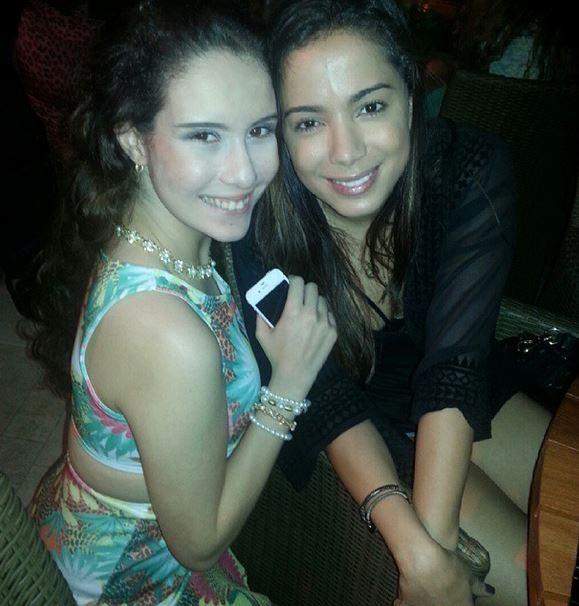 Stephanie Gomes e Anitta  (Foto: Instagram/Reprodução)