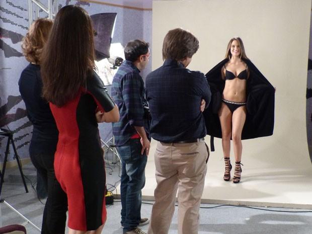 QUE GATA! Fatinha tá linda, né glr? Vai mandar muito como Garota Soberba (Foto: Malhação / TV Globo)