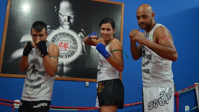 Vitor Manoel, Jéssica Santos Silva e Reginaldo Correia de Lima, atletas de muay thai (Foto: Franciele do Vale)