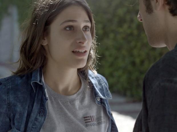 Que cara é esta, Laís? Até parece que ficou chocada com a proposta de Rafa... (Foto: TV Globo)