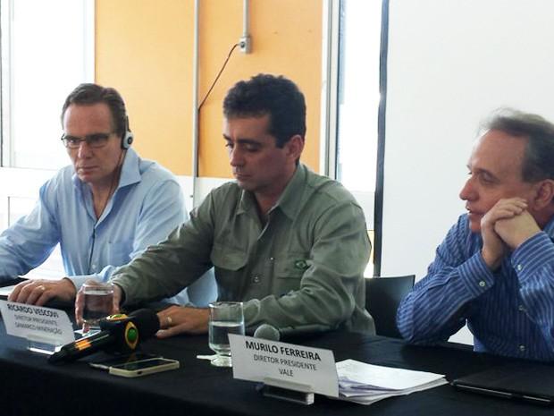Da esq pra dir: Andrew Mackenzie, CEO da BHP; Ricardo Vescovi, diretor-presidente da Samarco; Murilo Ferreira, diretor-presidente da Vale (Foto: Thaís Pimentel/G1)