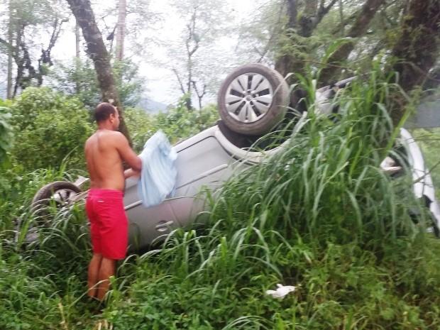 Condutor do veículo teve apenas escoriações leves (Foto: Alexsandro da Costa Leite / Arquivo Pessoal)