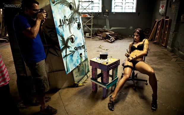 Aline Riscado posa para o Paparazzo (Foto: Marcio Nunes/Paparazzo)