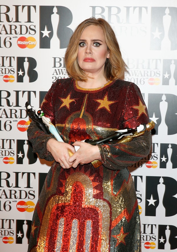 Adele ganhou três estatuetas no BRIT Awards 2016 (Foto: Getty Image)