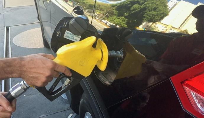 Mito ou verdade: carro flex pode viciar em um combustível? Coluna Oficina do G1 explica