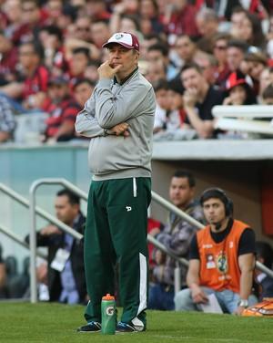 Levir Culpi atlético-pr x fluminense  (Foto: Giuliano Gomes/PR Press)