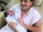 Primeiro bebê de 2016 no ES nasce aos 39 minutos do ano novo