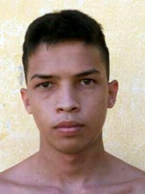 Júlio César Meira, de 19 anos, foi morto a tiros após ameaçar preso de facção rival em Mossoró (Foto: Divulgação/ Sejuc)