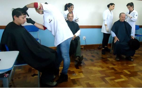 Da última edição do JA Operação Cidadania, cerca de 500 pessoas receberam atendimentos gratuitos (Foto: Luis Lopes/RBS TV)