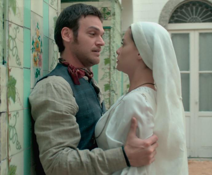 Pedro invade o convento e se declara a Lívia (Foto: TV Globo)