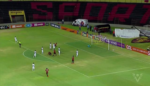 Com gol de Rogério, Sport vence e interrompe sequência do Santos (Foto: Reprodução/TV Tribuna)