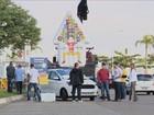 Jovens empresários fazem enterro simbólico do imposto em SC