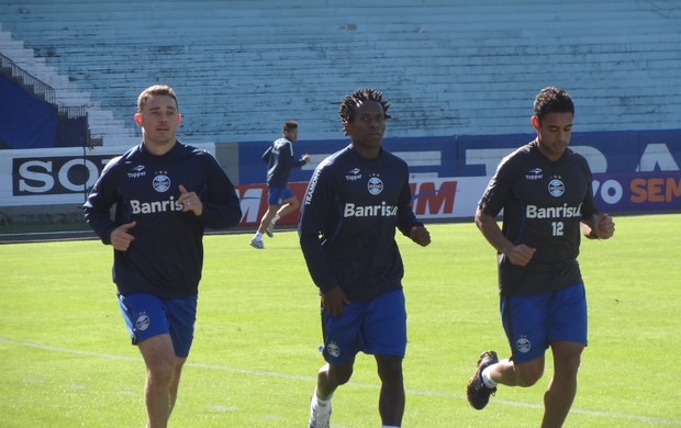 Zé Roberto Fábio Aurélio treino Grêmio (Foto: Tomás Hammes / GLOBOESPORTE.COM)