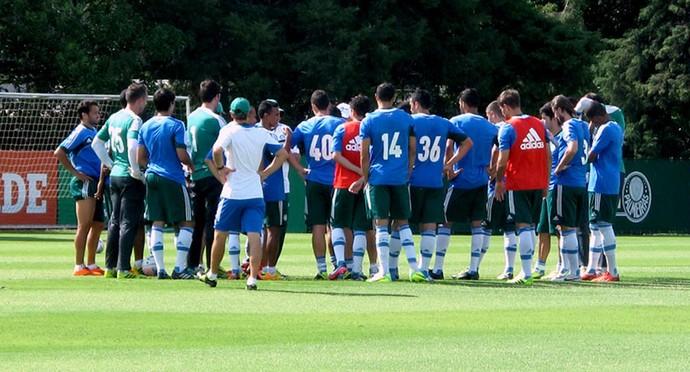 jogadores treino do Palmeiras (Foto: Rodrigo Faber)
