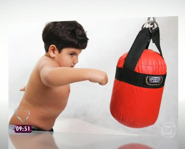 Davi luta boxe (Foto: TV Globo)