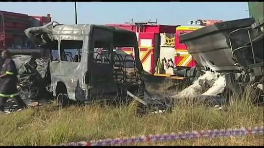 Crianças morreram em acidente com micro-ônibus na África do Sul