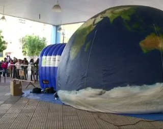 Um planetário fica montado no bairro Retiro (Foto: Reprodução/ RJTV 1ª Edição)