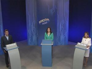 Os candidatos à Prefeitura de Ribeirão Preto, Dárcy Vera e Duarte Nogueira durante debate da EPTV (Foto: Reprodução/EPTV)