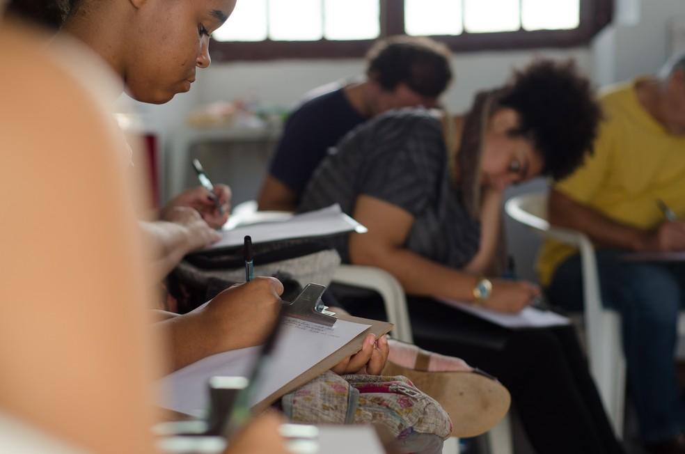 Oficinas são voltadas para escritores, estudantes e interessados em literatura (Foto: Jan Ribeiro/Secult-PE/Divulgação)