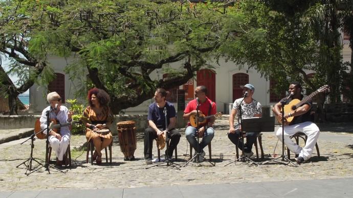 Programa faz homenagem aos cem anos de samba (Foto: TV Bahia)