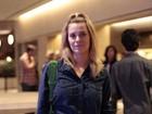 Carolina Dieckmann vai a evento depois de virar noite na festa de Preta