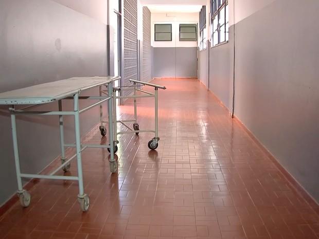 Hospital suspende atendimentos e até partos por falta de repasse em Poconé (Foto: Reprodução/TVCA)