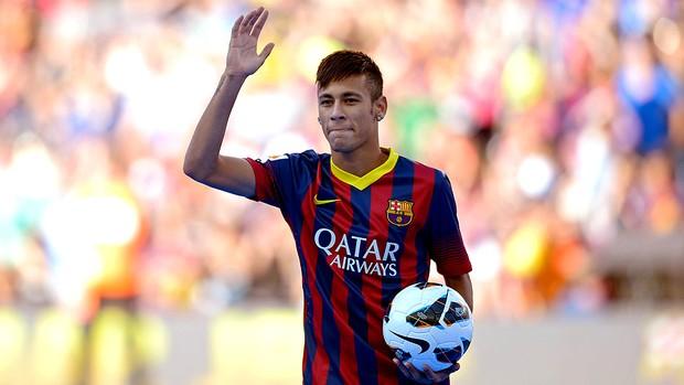 Neymar apresentação Barcelona Camp Nou (Foto: AP)