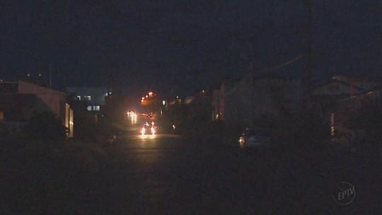 Iluminação pública ainda é alvo de queixas em São Carlos e Rio Claro, SP