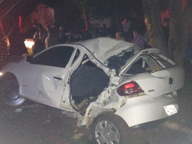 Motorista capotou o carro em Matelândia (Foto: Polícia Rodoviária Federal/Divulgação)