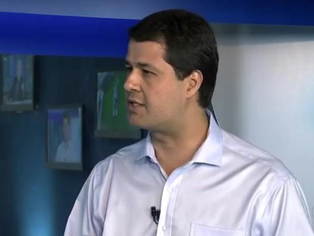 Luiz Fernando Machado foi entrevistado nesta segunda-feira (31) (Foto: Reprodução/TV TEM)