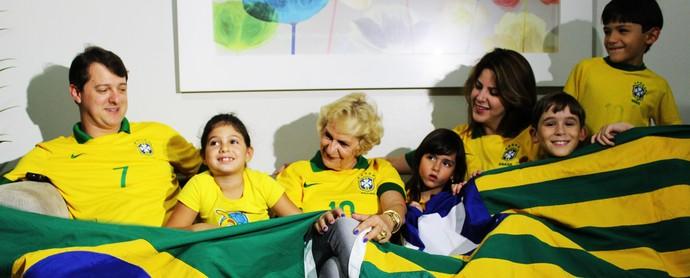 Família Cravinho (Foto: Emanuele Madeira/GloboEsporte.com)