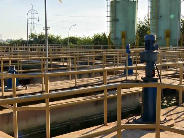 Problema foi detectado na estação de tratamento 2 (Foto: Reprodução/Rede Amazônica Acre)