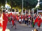 Manifestantes se reúnem em apoio a Dilma, em Governador Valadares
